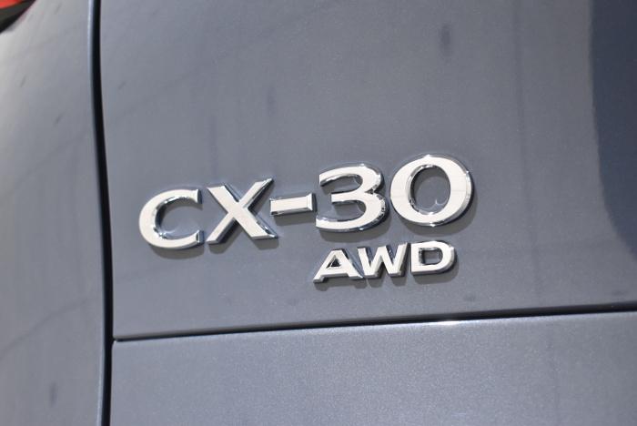 CX30-11