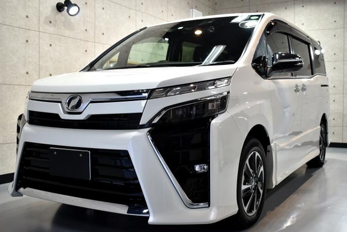 リボルト・ライト(Non Polish) 新車限定のカーコーティングとは?